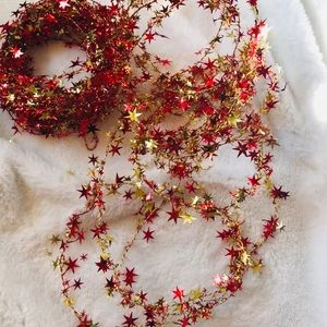 Other - Christmas Garland Red Gold Stars EUC